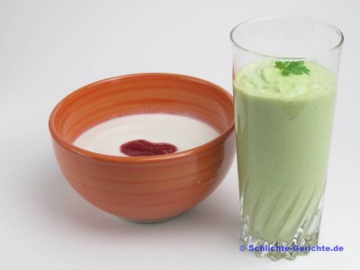 Green Smoothie mit Kokosmilchkefir